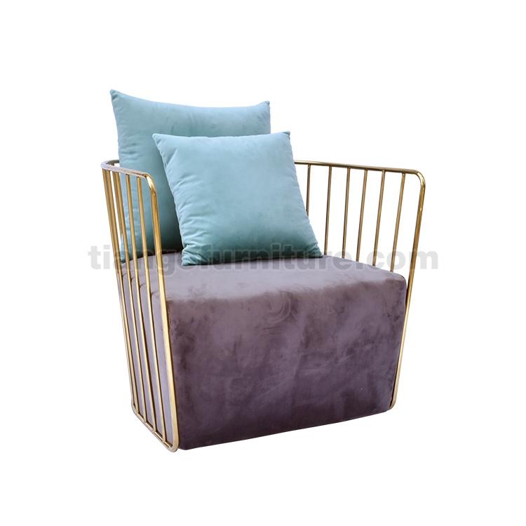Bride's Veil lounge chair